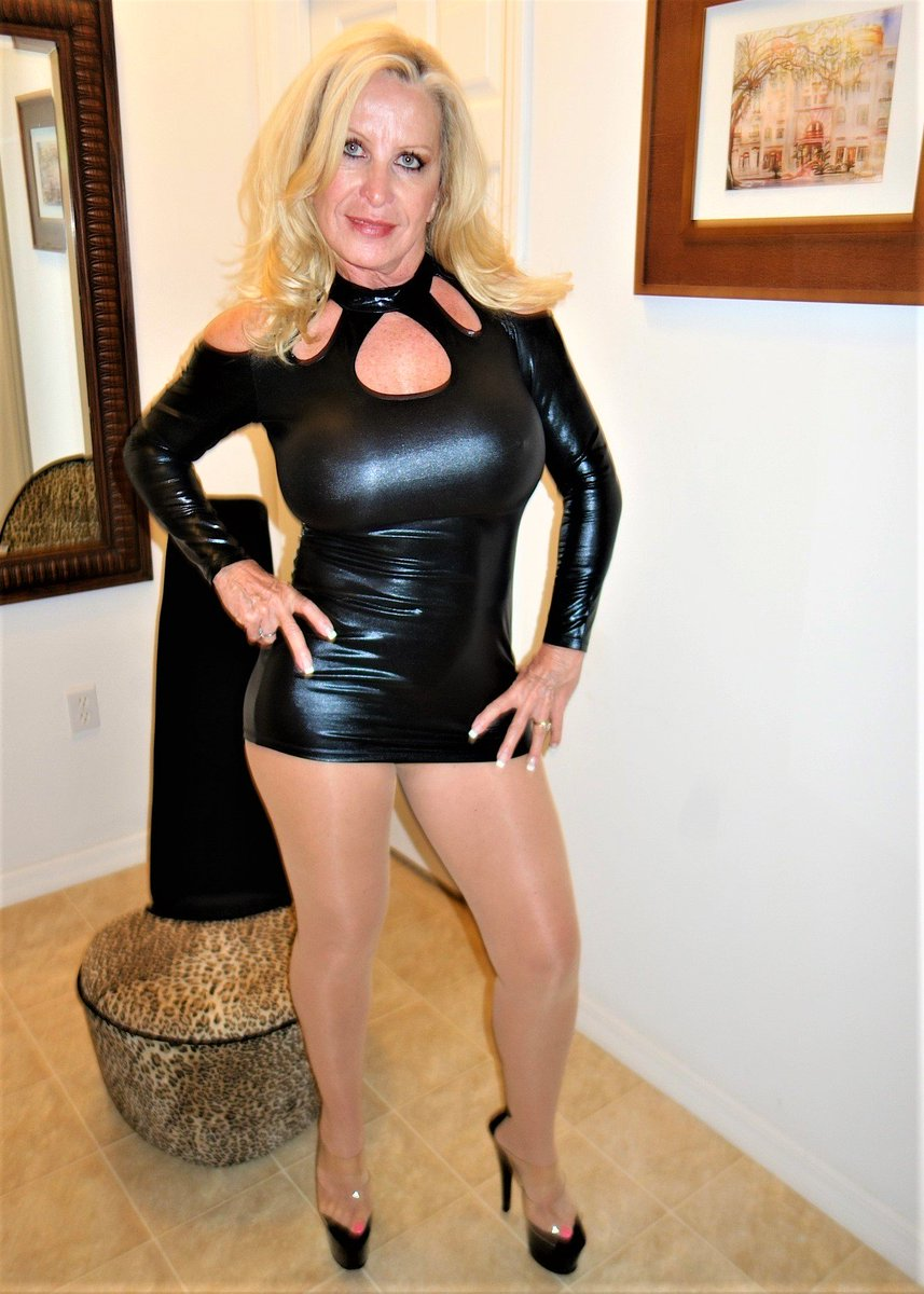 Southern charms golden girl